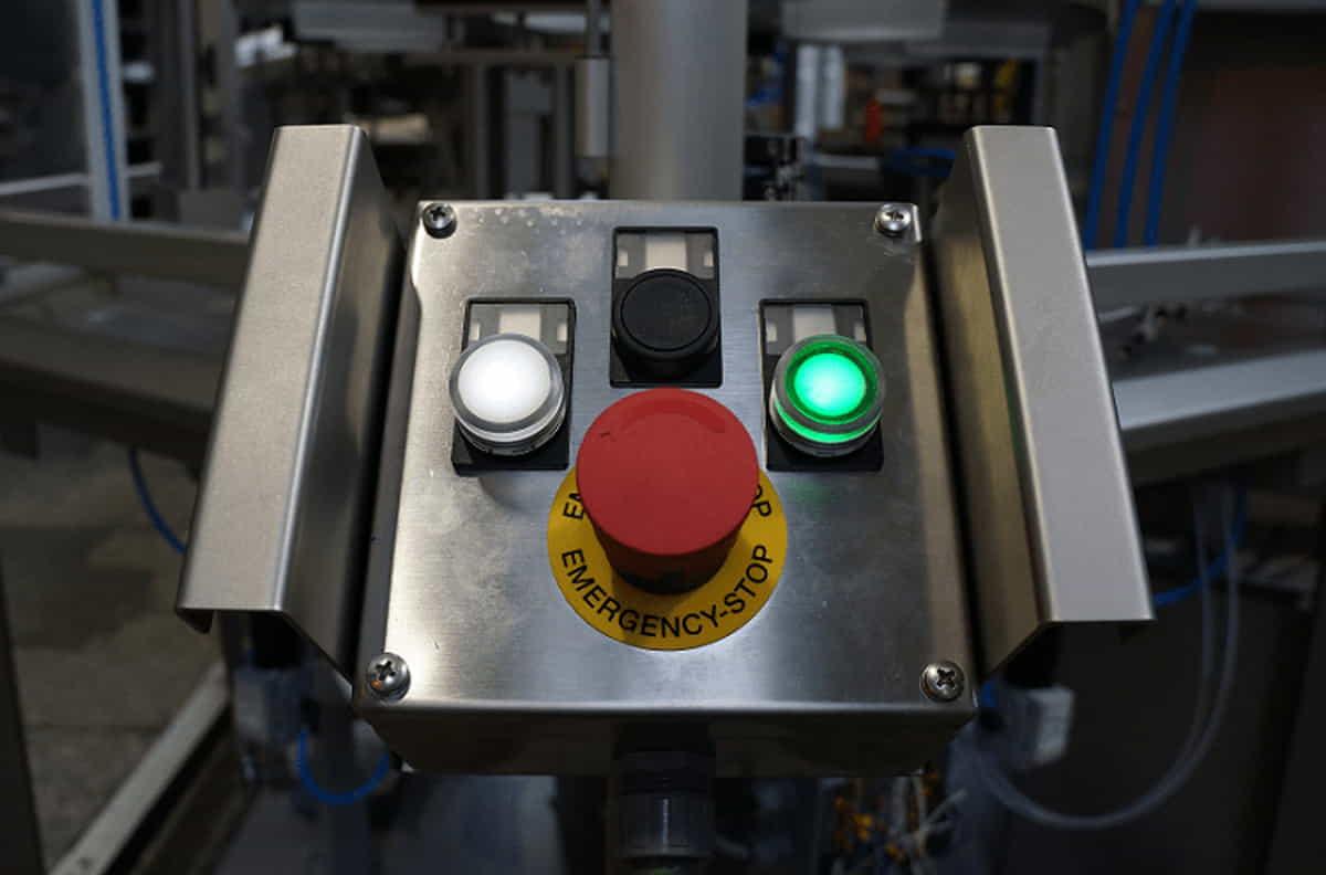 Автомат для фасовки в пластиковые емкости – RFS 40